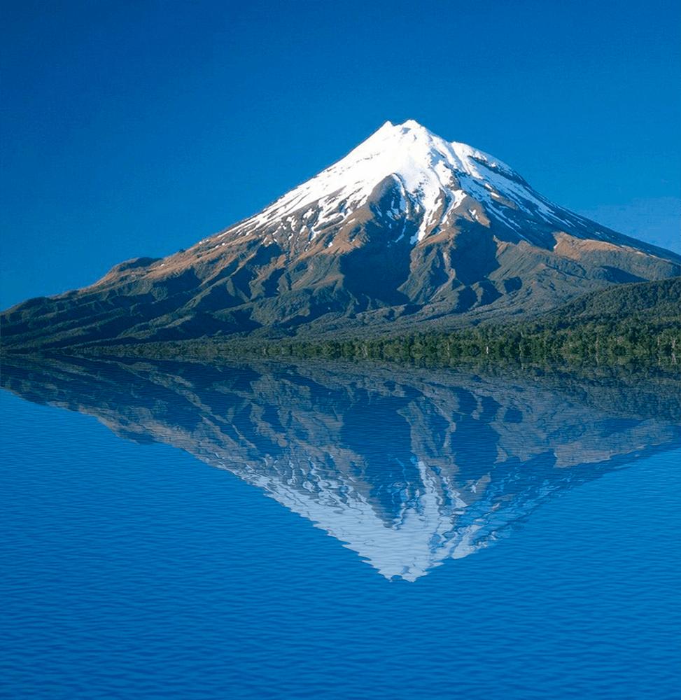 Отражение объекта в воде в Фотошопе