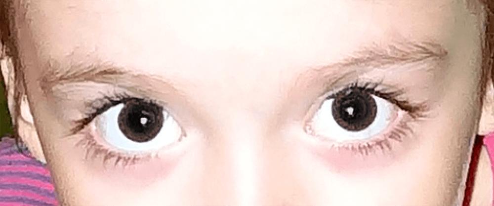 Результат обработки фотографии с помощью инструмента Красные глаза в Photoshop