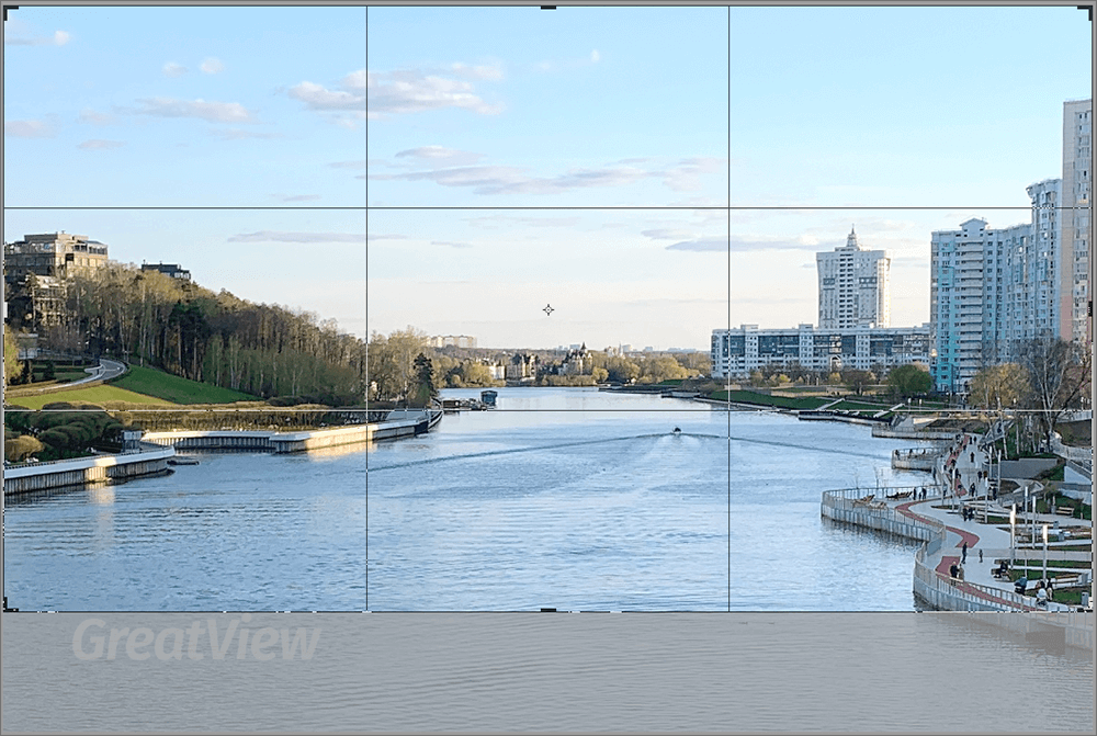 Кадрирование изображения с помощью инструмента Рамка в Фотошопе